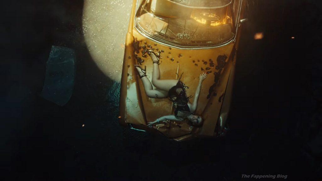 Doja Cat Sexy – Streets (21 Pics + Video)