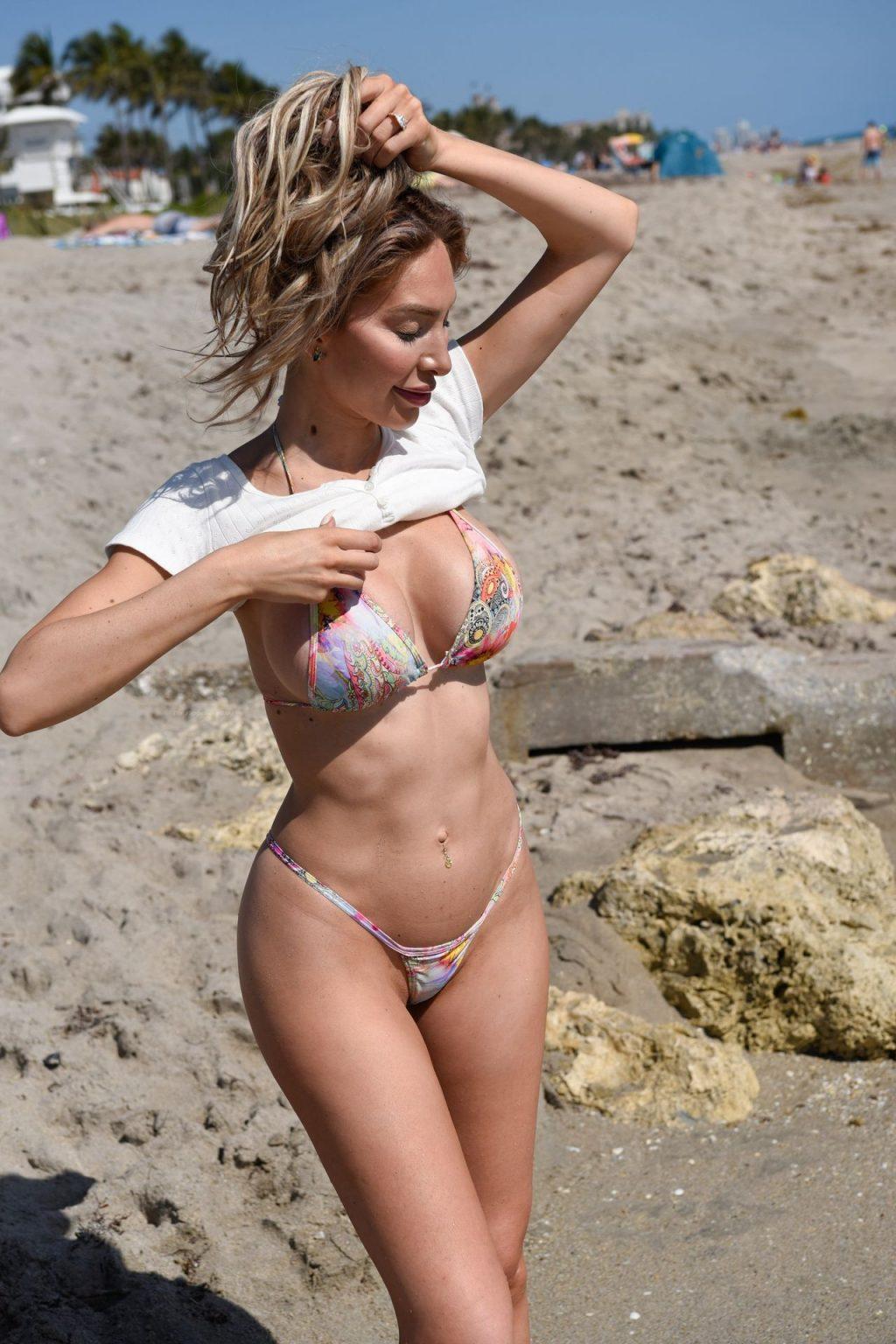 Farrah Abraham Soaks Up The Sun in Palm Beach (54 Photos)