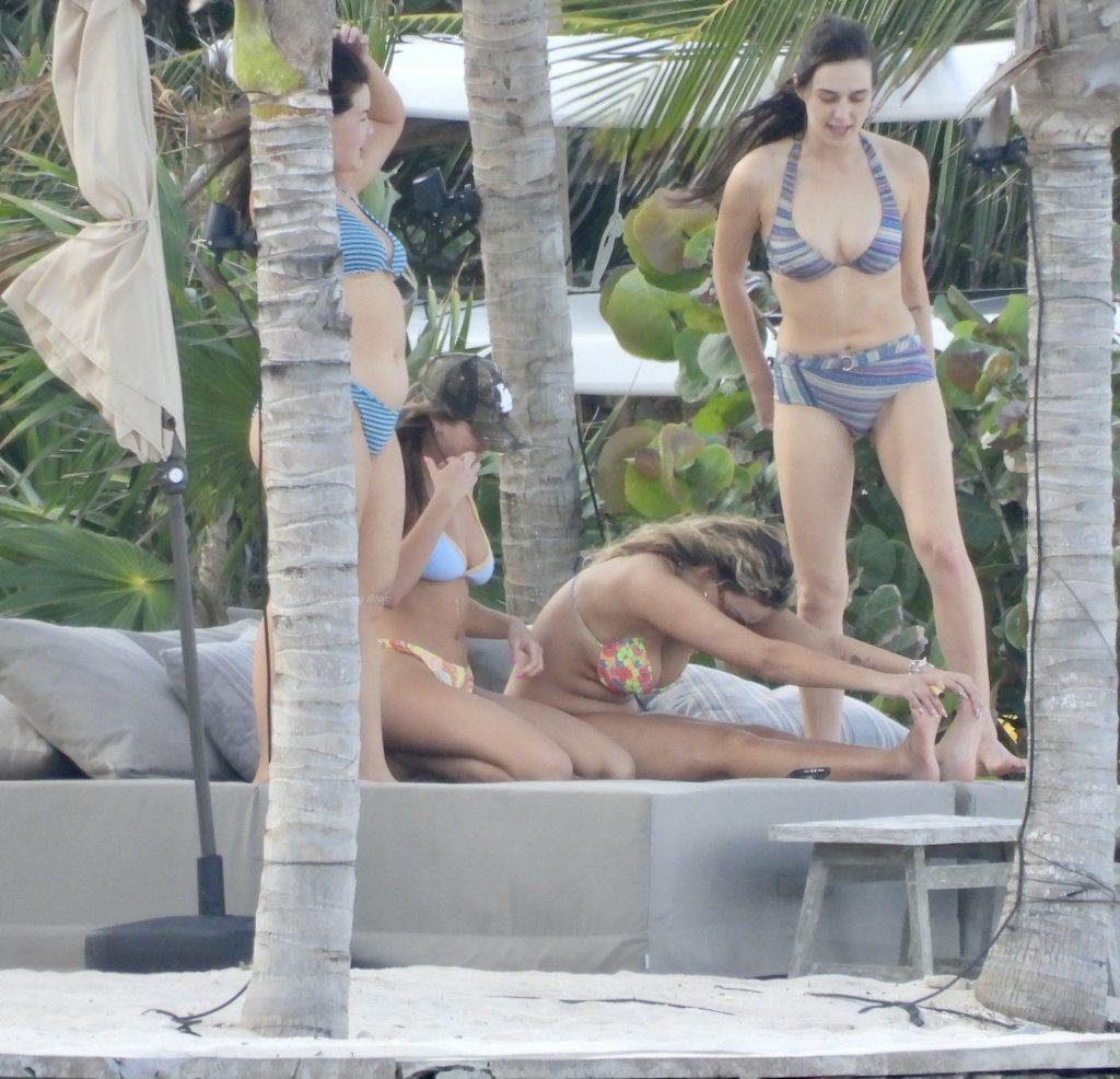 Francesca Aiello Looks Stunning as She Hits the Beach in a Bikini in Tulum (23 Photos)