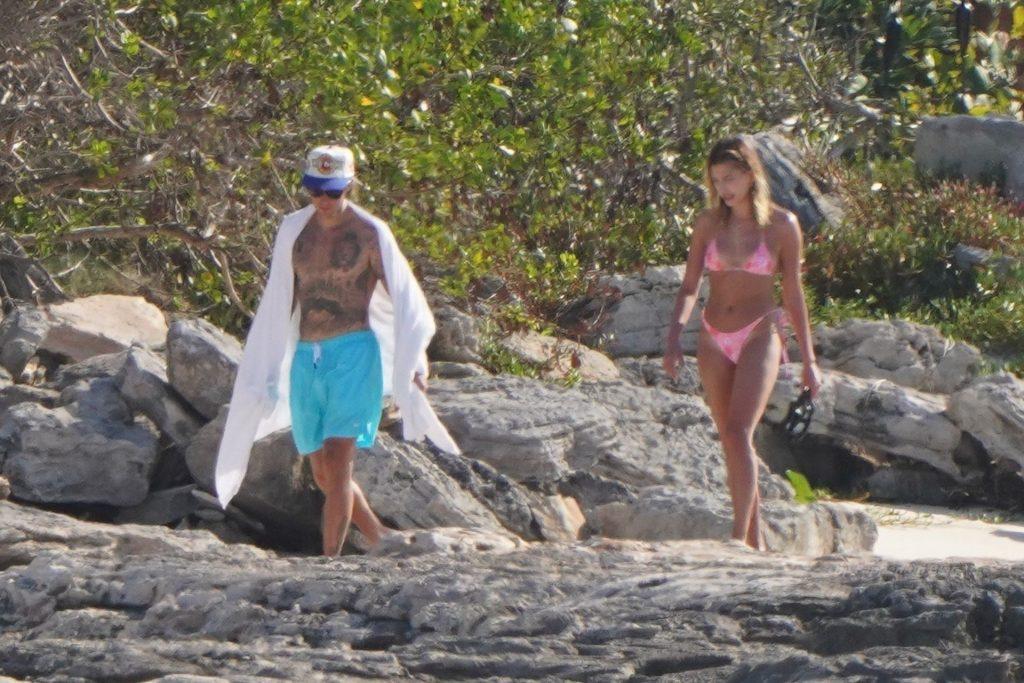 Justin Bieber & Hailey Bieber Continue Their Romantic Getaway in Turks and Caicos (49 Photos)