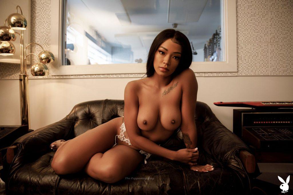 Nude marie lang Marie Lang