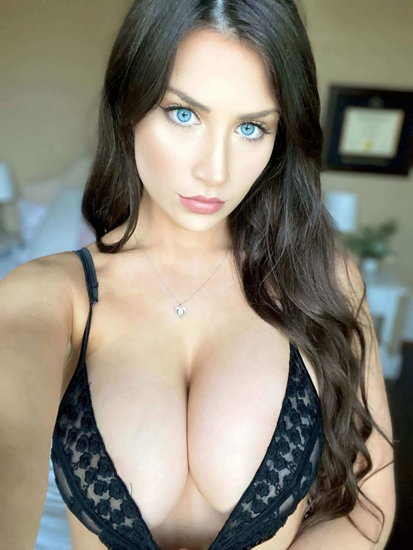 Jessica Bartlett Sexy (24 Photos)