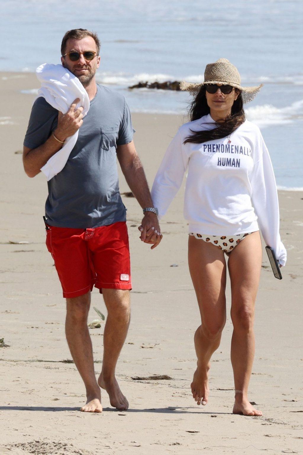 Jordana Brewster Looks Half Her Age Frolicking on the Beach (27 Photos)