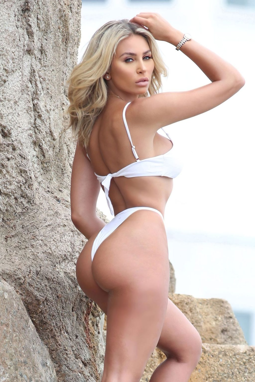 Khloe Terae Looks Sexy in a White Bikini (11 Photos)