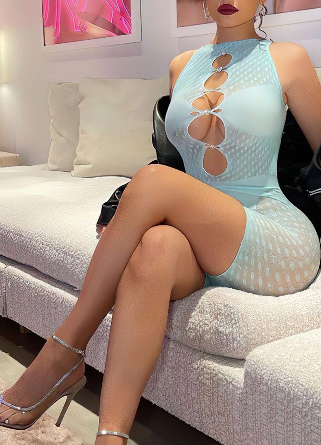 Kylie Jenner Hot (5 New Photos)