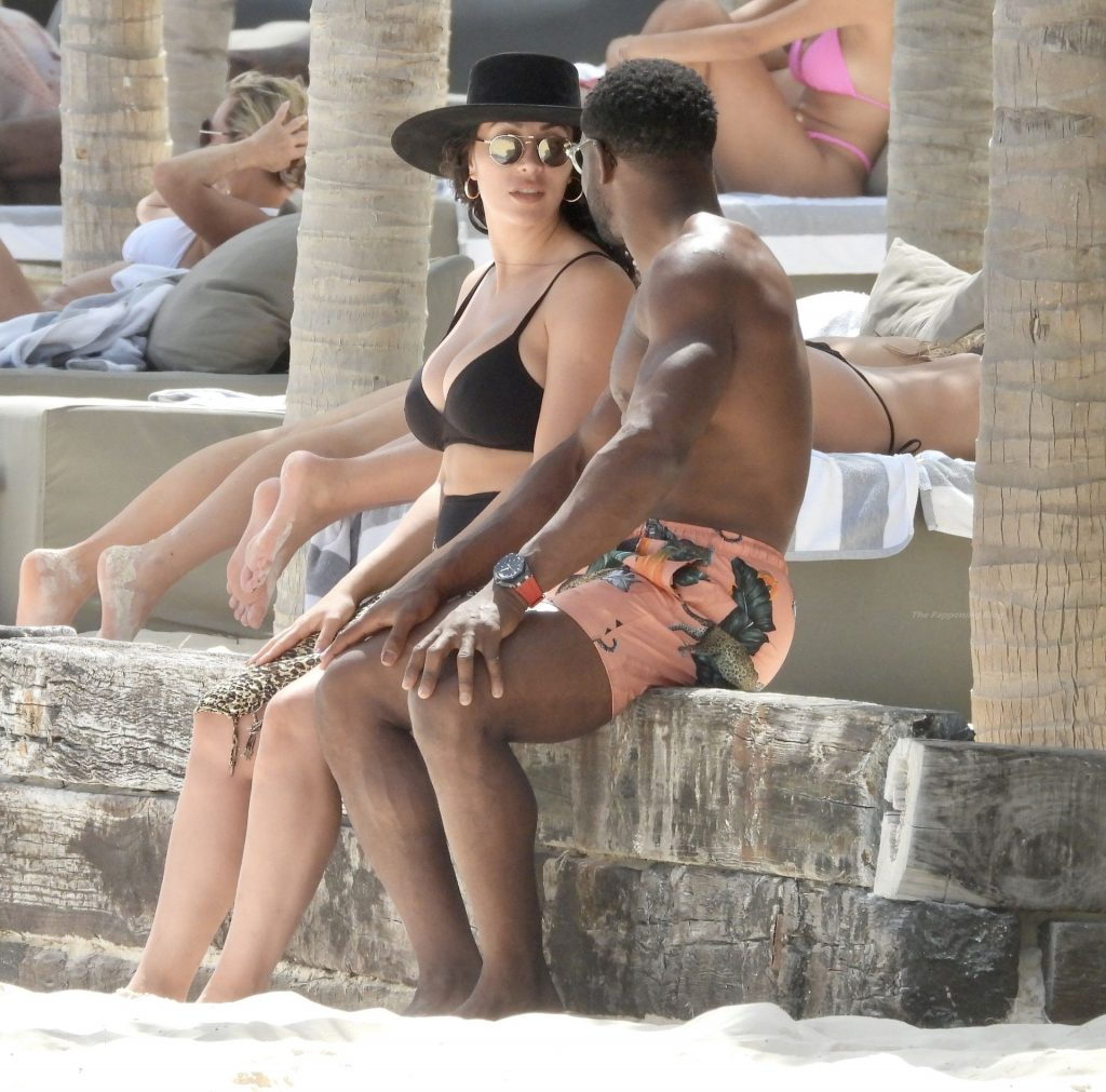 Lilit Avagyan Shows Off Her Curves as She Hits the Beach in Mexico with Reggie Bush (32 Photos)