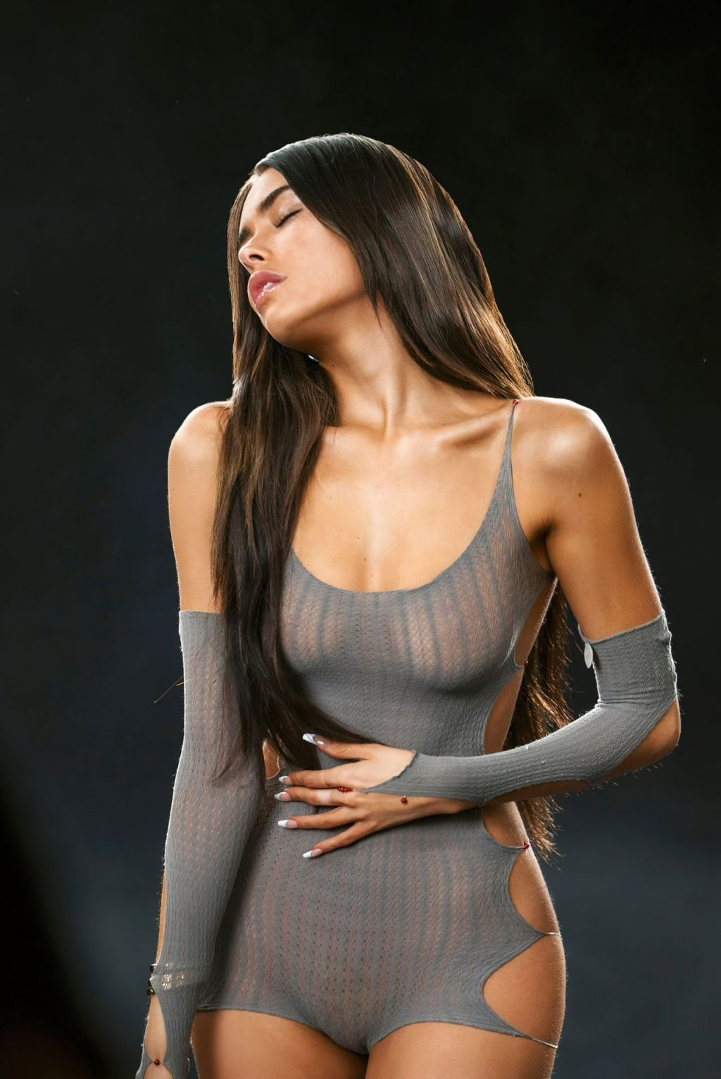 Madison Beer See Through & Sexy (13 Photos)