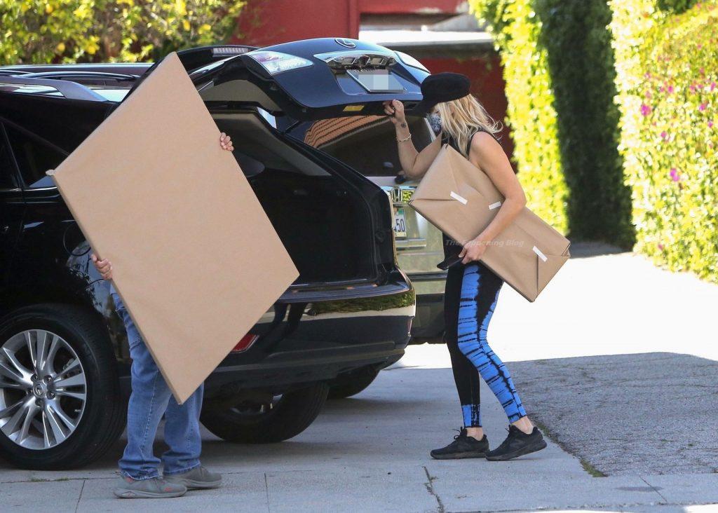 Malin Akerman is Seen Braless in LA (34 Photos)