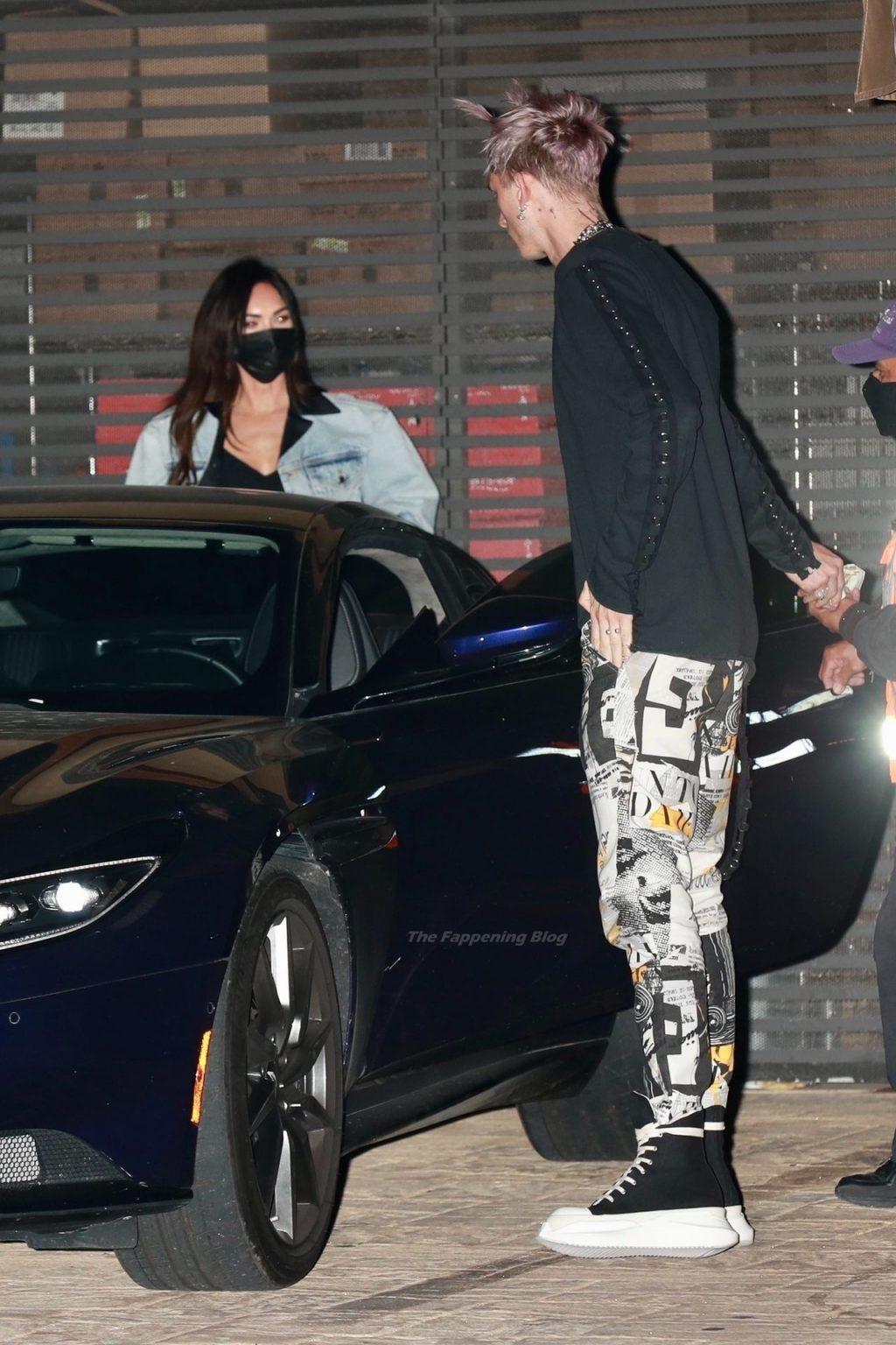 Megan Fox & Matching Gun Kelly Arrive for a Dinner Date in Malibu (59 Photos)