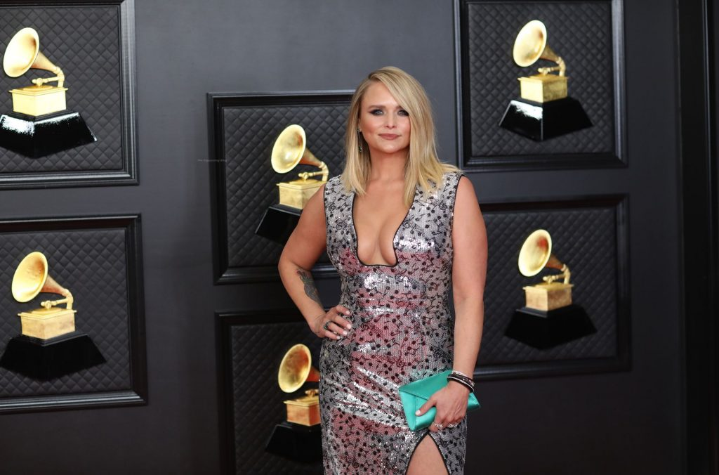 Miranda Lambert Displays Her Nice Cleavage at the 63rd Annual Grammy Awards (22 Photos)