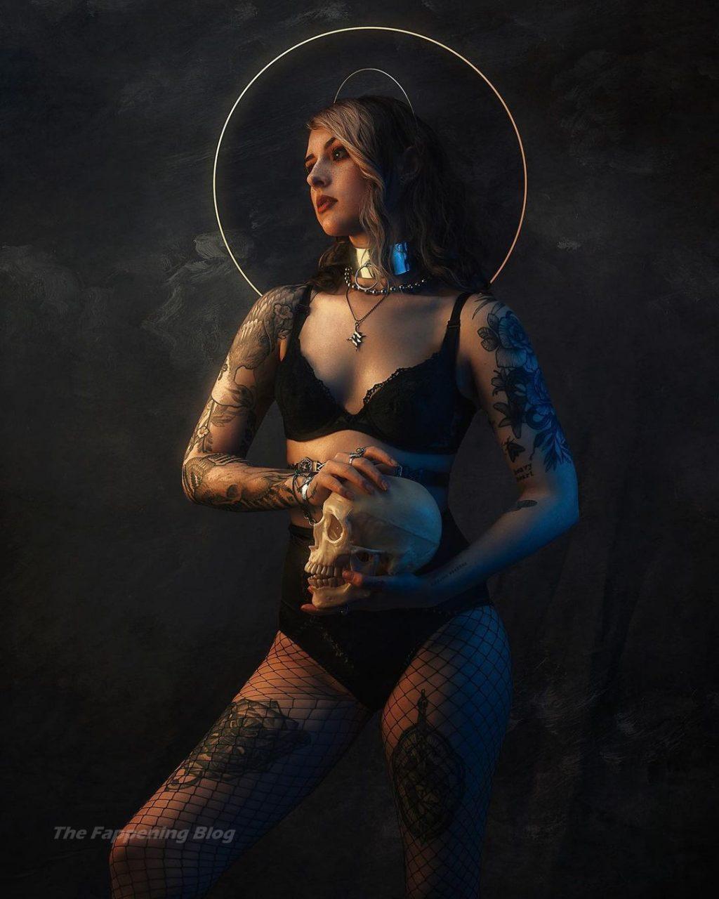 Mothica Sexy (19 Photos)