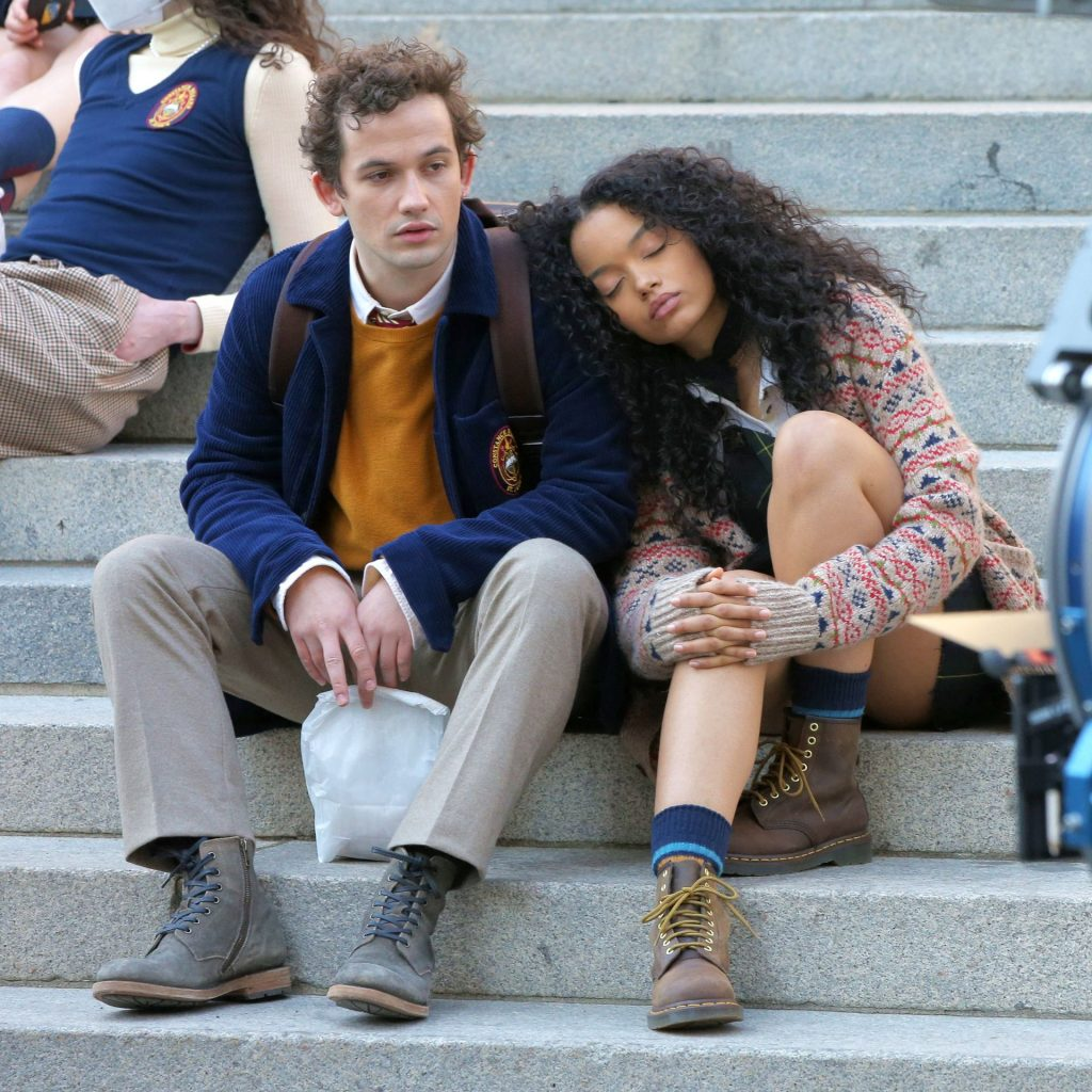 Leggy Whitney Peak is Pictured on the Set of the Metropolitan Museum in NYC (13 Photos)