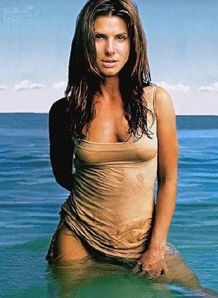 Sandra Bullock Nude & Sexy (93 Hot Pics, Sex Scenes & LEAKED Sex Tape)