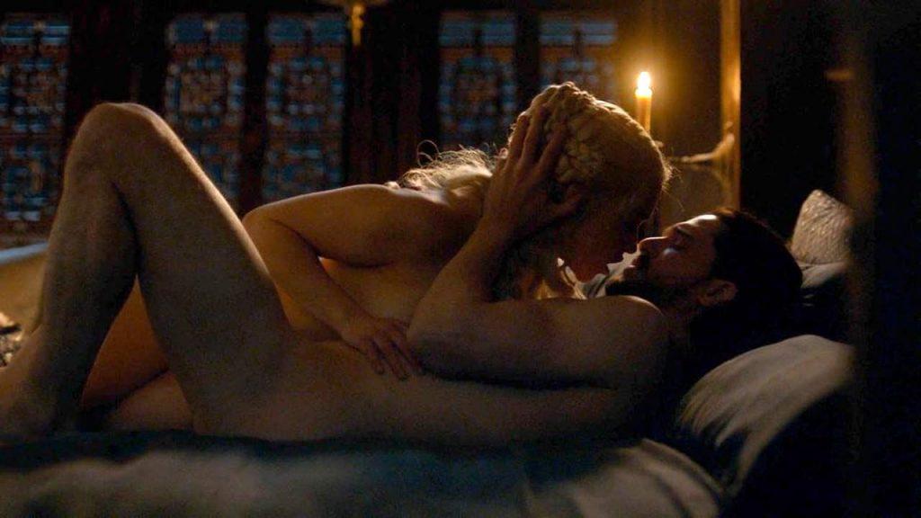 Emilia Clarke Nude & Sexy – Part 1 (240 Photos, Possible Porn Video and Sex Scenes)