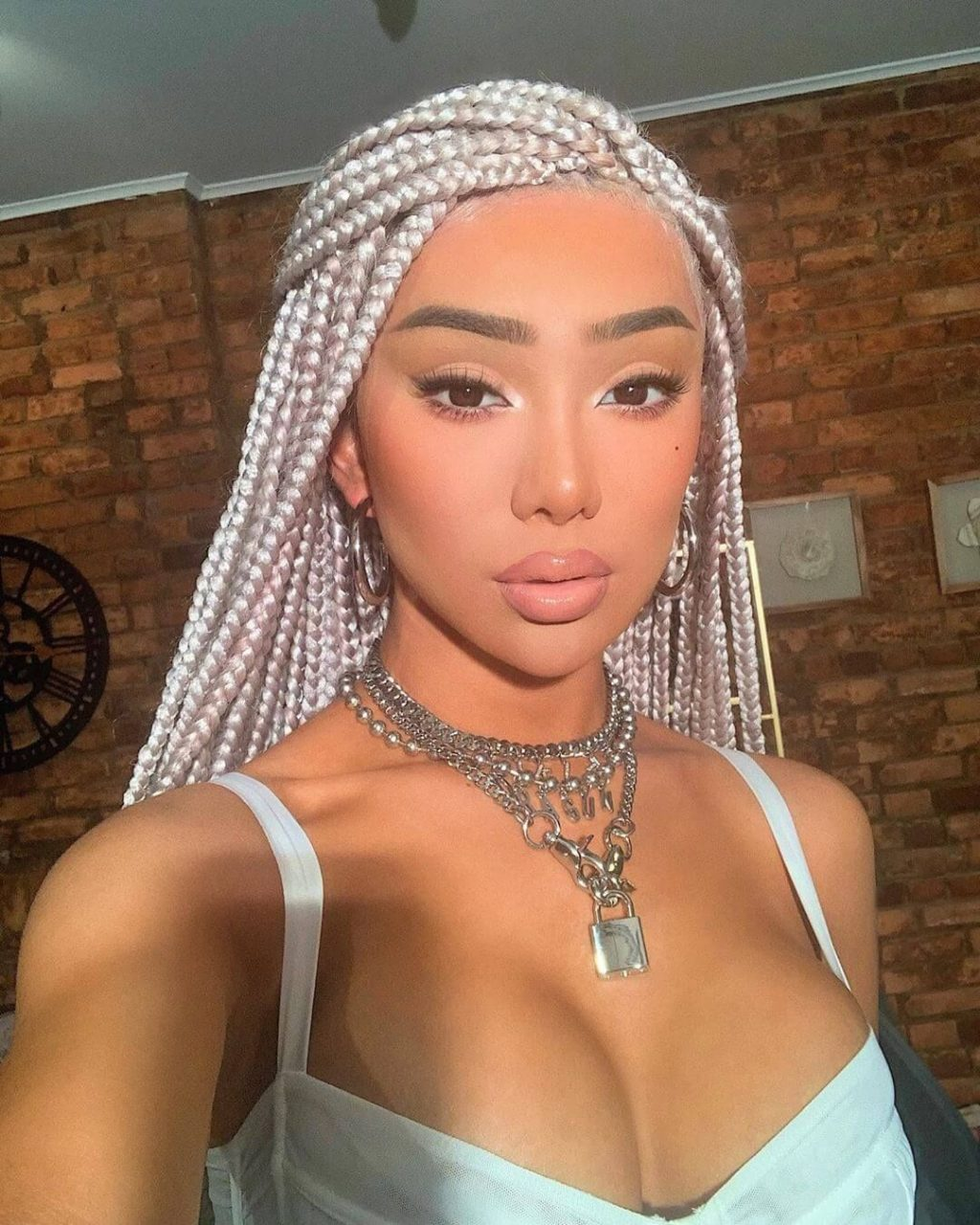 Nikita Dragun Nude & Sexy (166 Photos + LEAKED Porn Video)