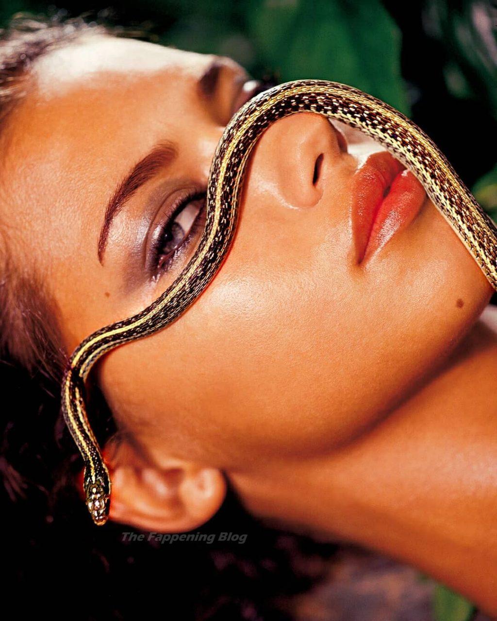 Adriana Lima Nude & Sexy – Arena Magazine (7 Photos)