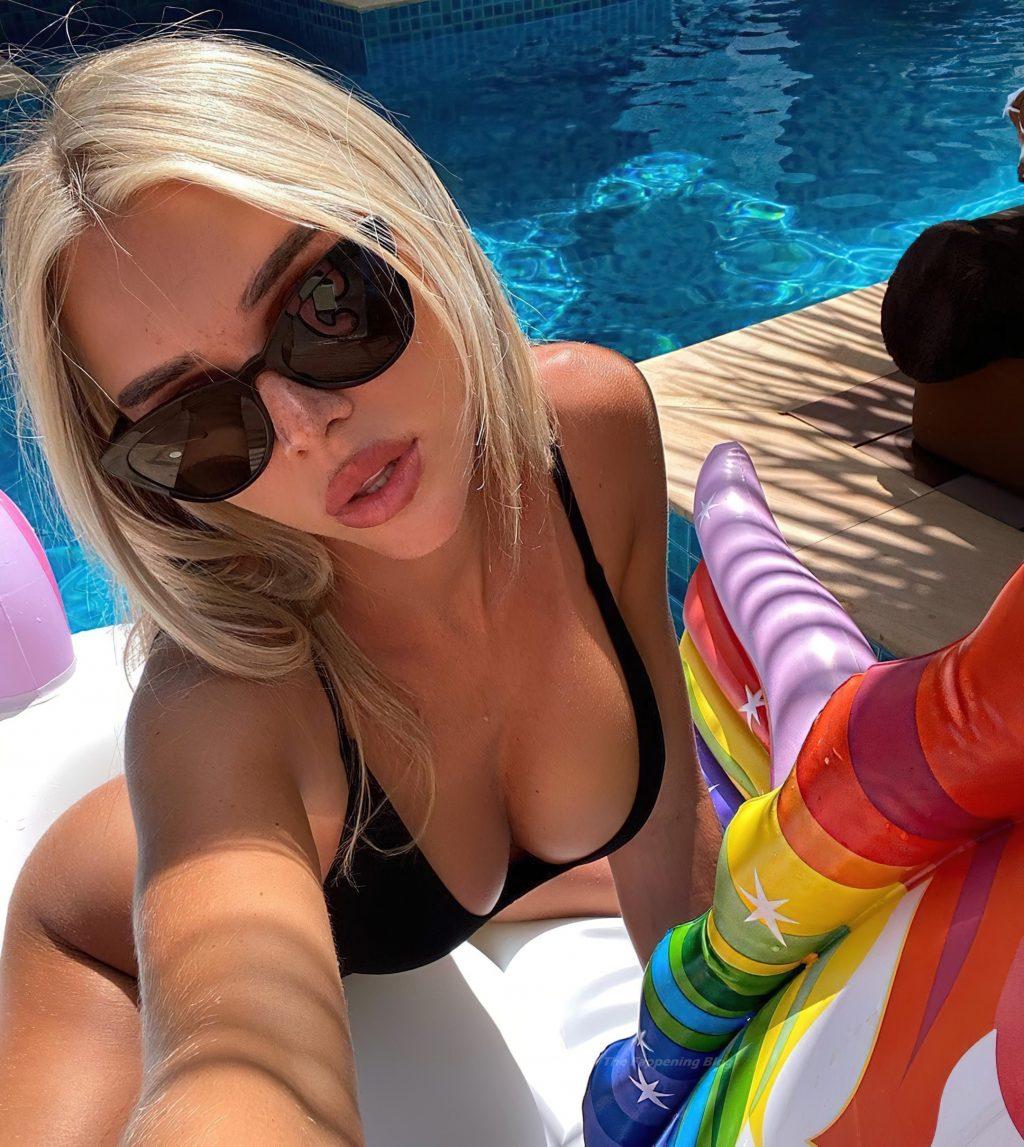 Angelica Andreeva Sexy & Topless (37 Photos)