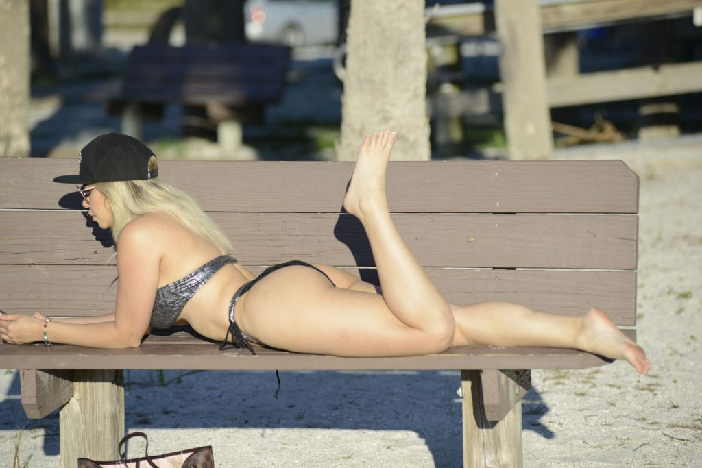 Behind The Scenes Of Bella Bunnie Amor's Photoshoot in Miami (25 Nude & Sexy Photos)
