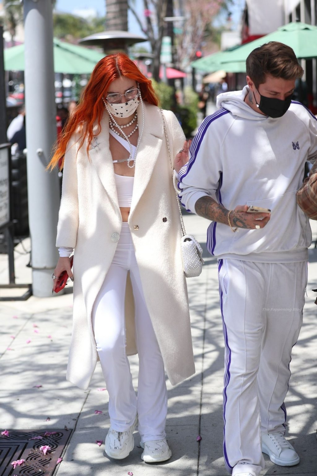 Bella Thorne & Benjamin Mascolo Match in All White For a Date at Il Pastaio (36 Photos)