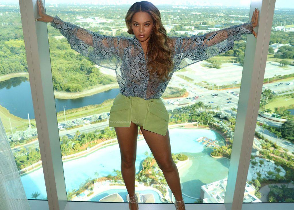 Beyonce Sexy (22 Photos)