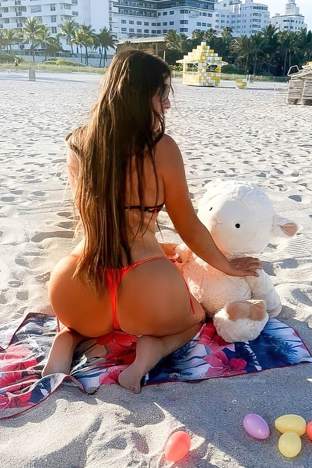Claudia Romani Puts on a Sexy Display During a Photoshoot on Easter Sunday (6 Photos)