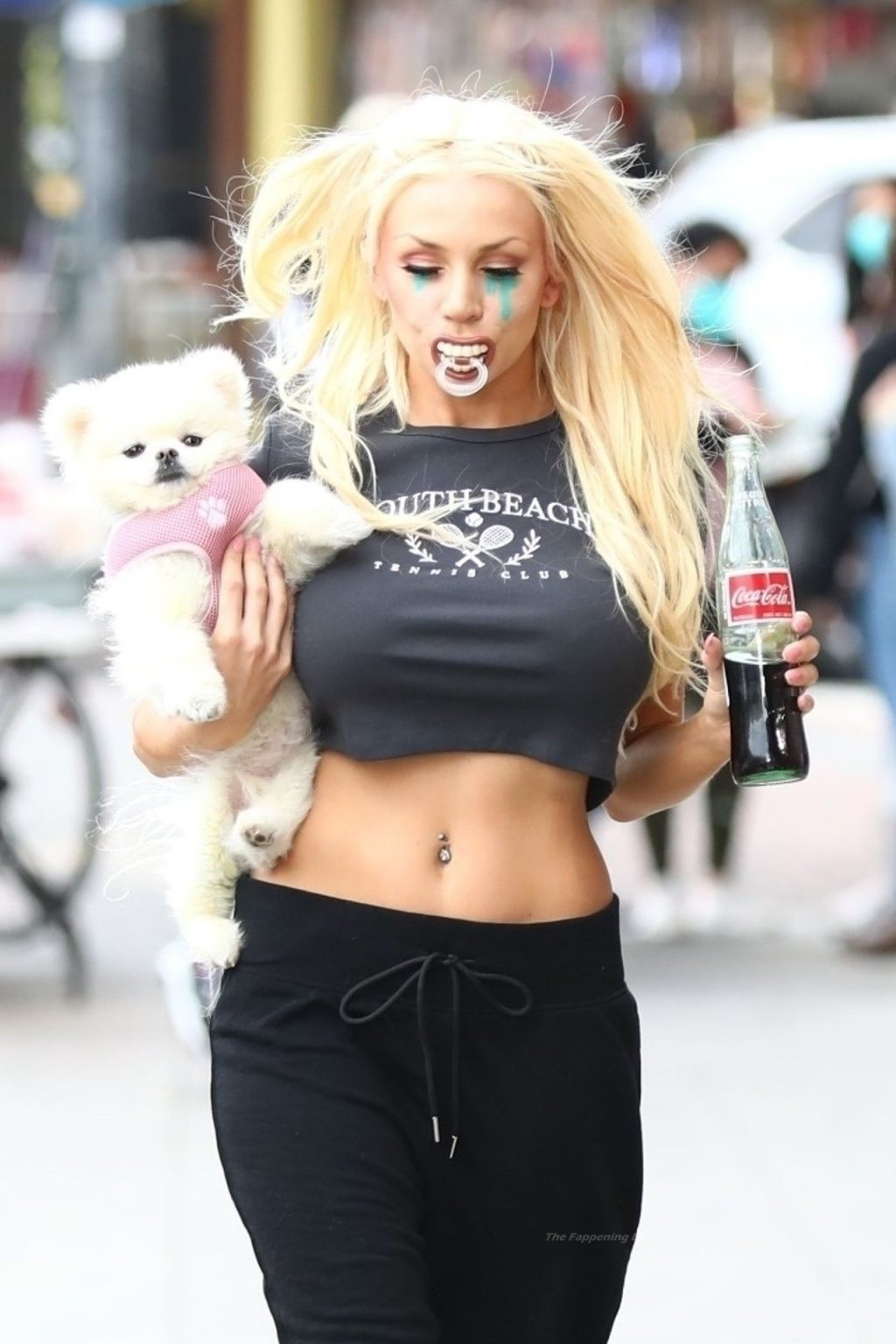 Courtney Stodden Shows Off Her Toned Waist in LA (13 Photos)
