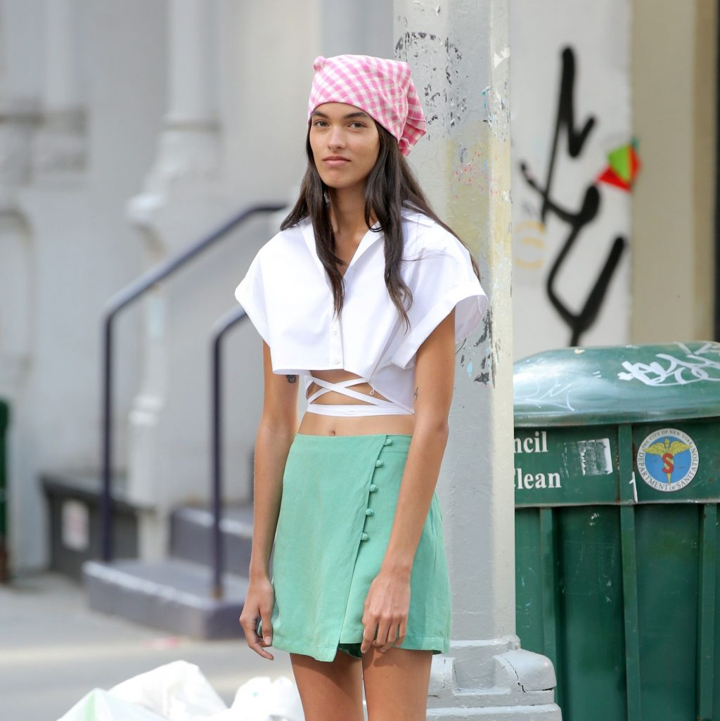 Grace Valentine is Seen Shooting an Editorial in Soho in NYC (32 Photos)