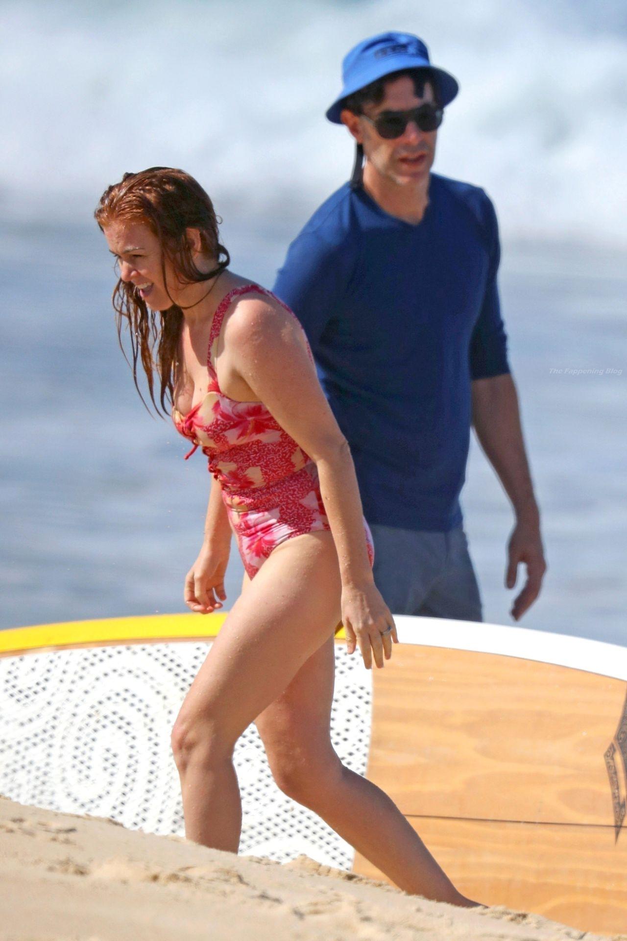 Isla Fisher Nip Slip