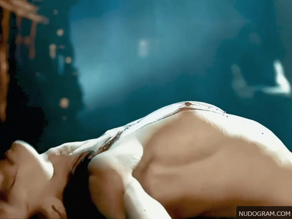 Jessica Biel Nude – Powder Blue (7 Pics + Enhanced Video)