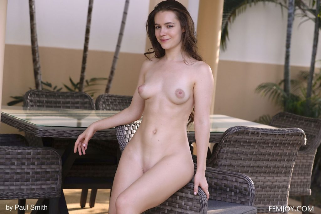 Jessica Lynn Nude & Sexy – Whimsical (100 Photos)