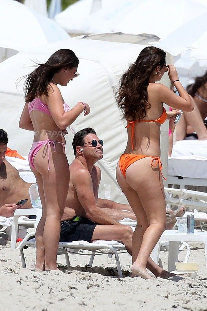 Jordan Belfort Relaxes on the Beach on Easter Sunday in Miami (20 Photos)