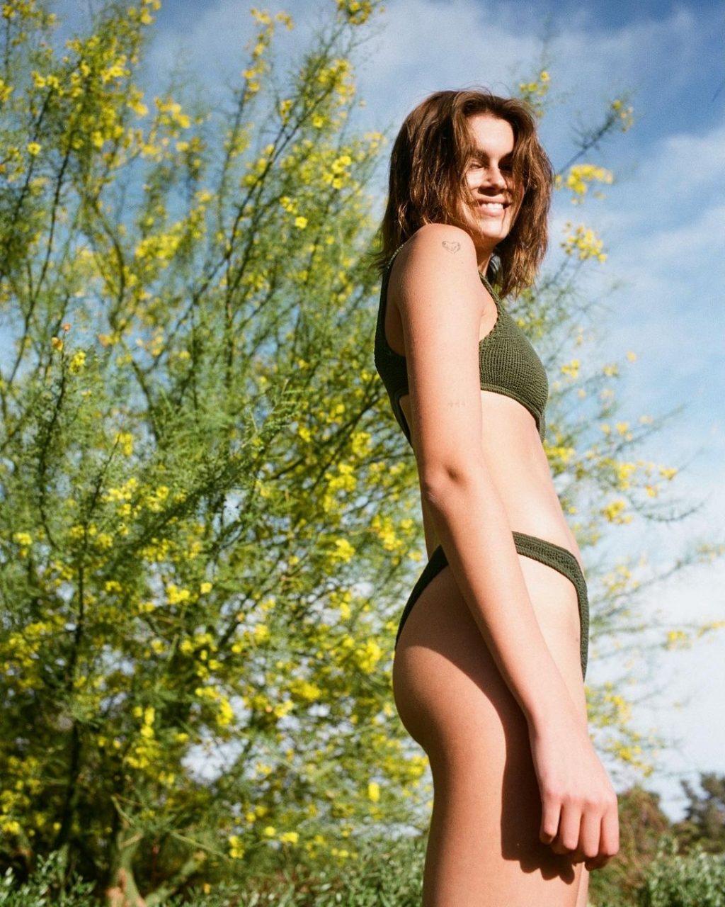 Kaia Gerber Sexy (2 Photos)