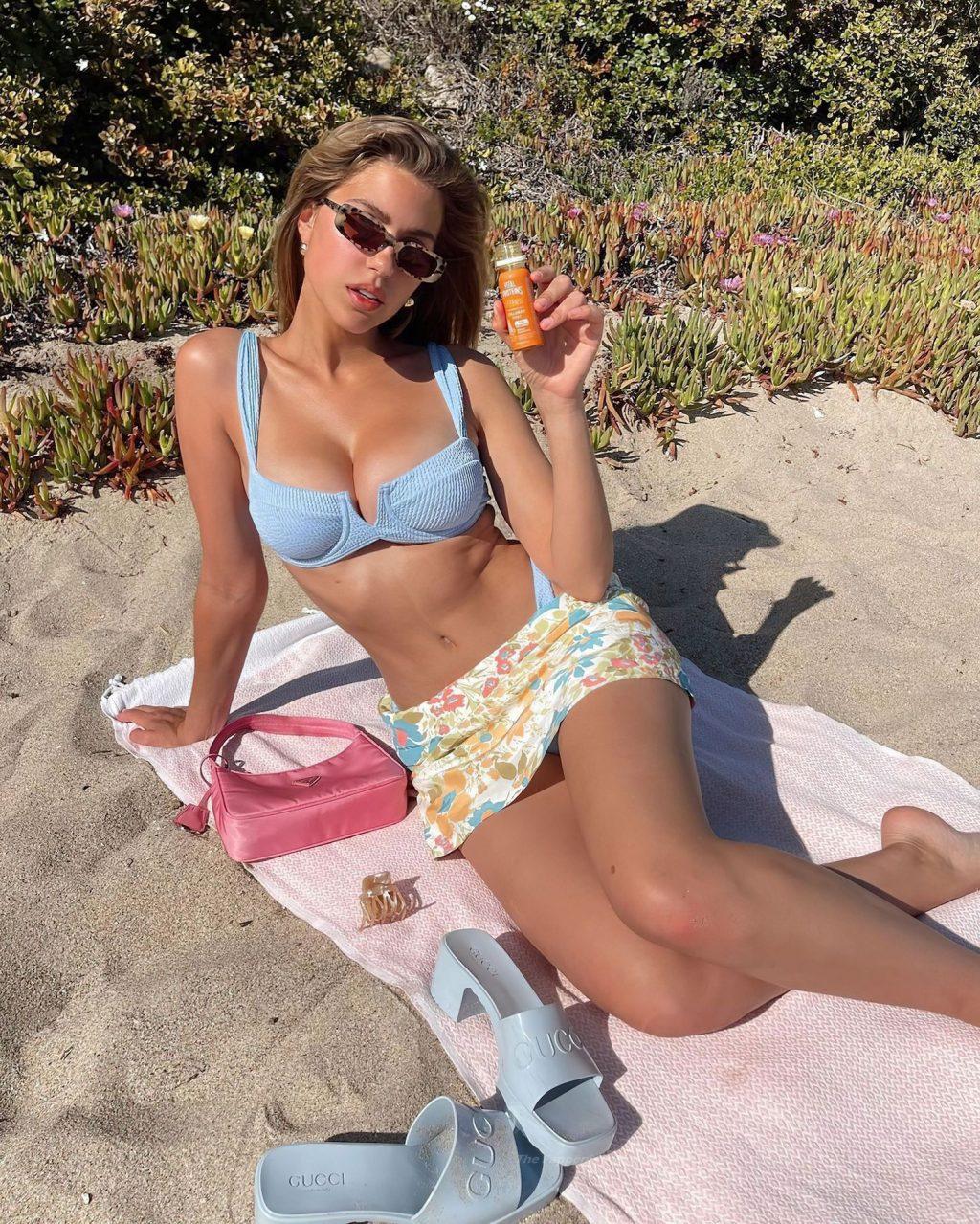 Kara Del Toro Sexy (4 Hot Photos)