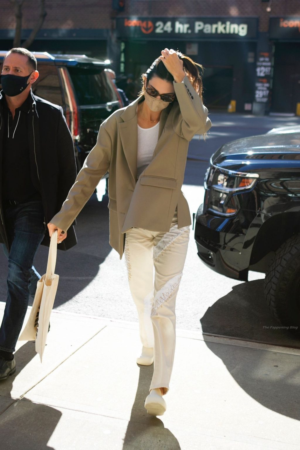Kendall Jenner Heads Out in a Blazer and Crop Top in NYC (102 Photos)