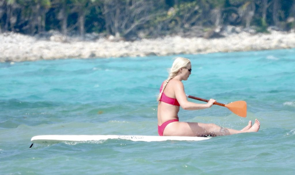 Lindsey Vonn Looks Incredible in a Bright Red Bikini as She Takes a Paddle Board For a Ride (73 Photos)