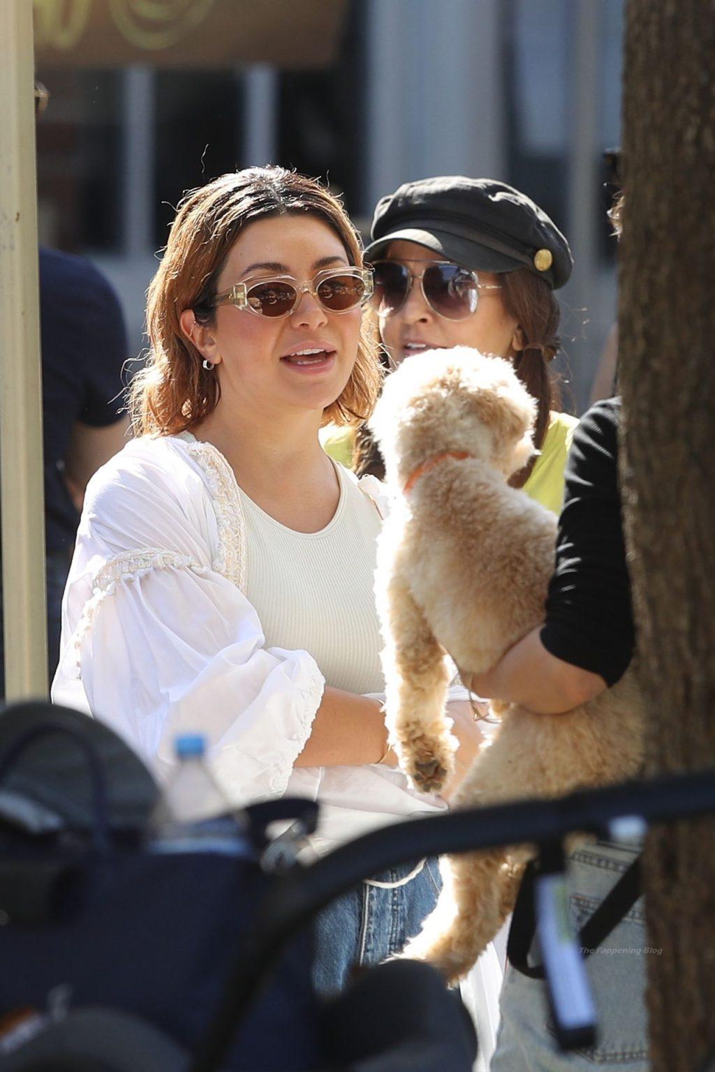 Braless Martha Kalifatidis & Michael Brunelli Enjoy Market Outing in Sydney (49 Photos)