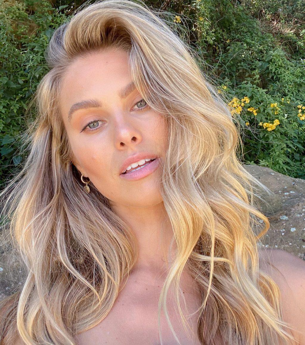 Natalie Jayne Roser Sexy (49 Photos)