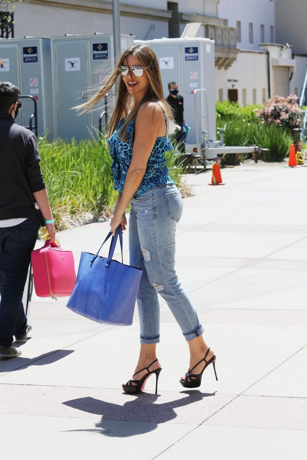 Sofia Vergara Arrives Casually in Jeans for AGT Taping in LA (55 Photos)
