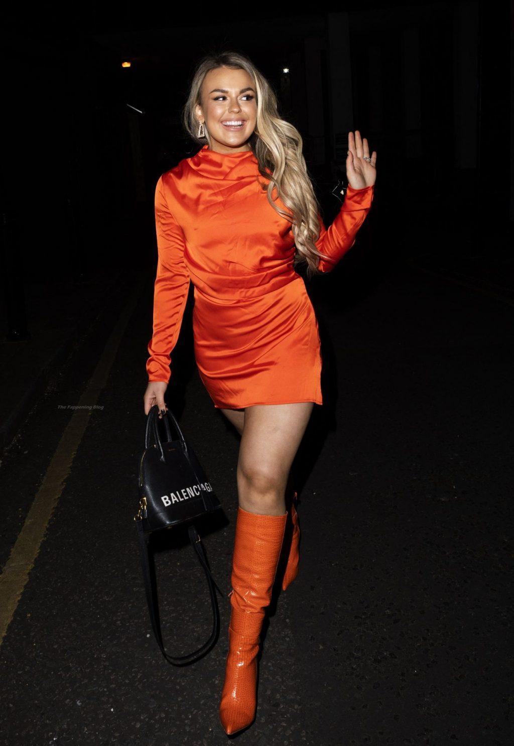 Tallia Storm Enjoys a Night Out in London (18 Photos)