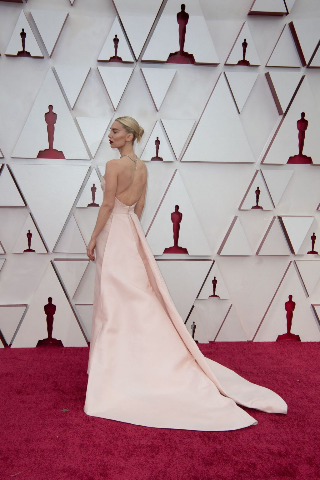 Vanessa Kirby Poses Braless on the Red Carper of the 93rd Annual Academy Awards (33 Photos)