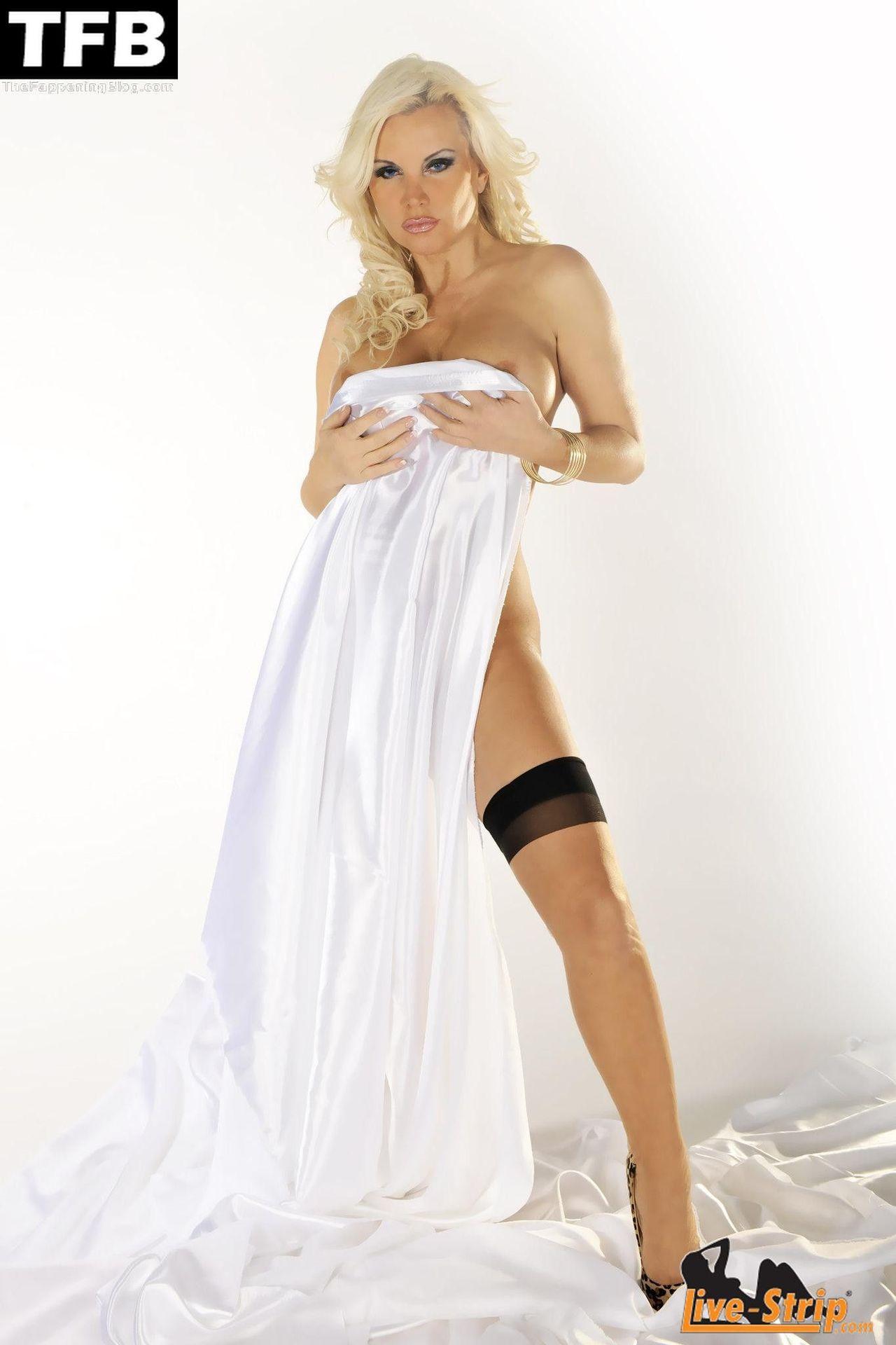 Tatjana Gsell Nude Sexy 92