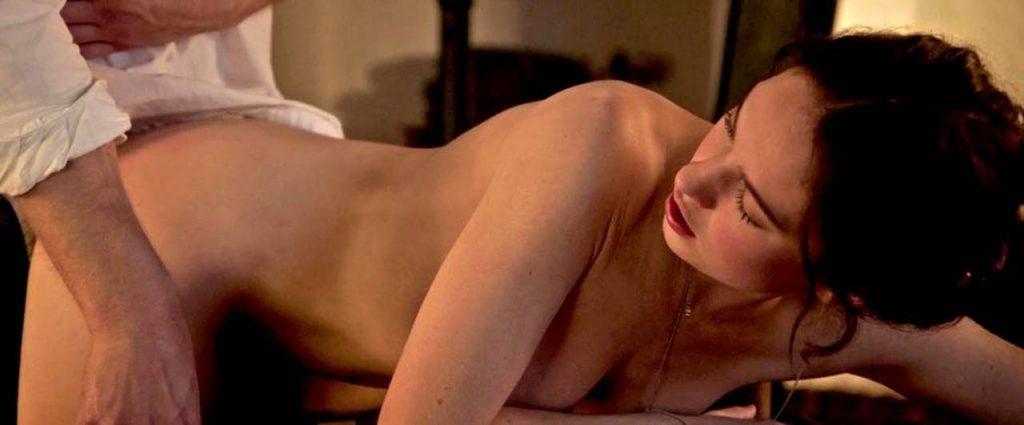 Lily James Nude & Sexy Collection (151 Photos + Videos)