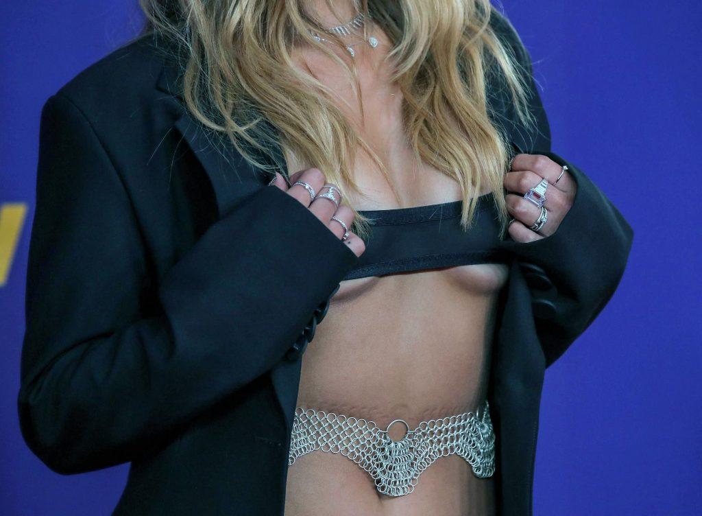 Addison Rae Sexy [NEW 2021] – Part 2 (150 Photos)