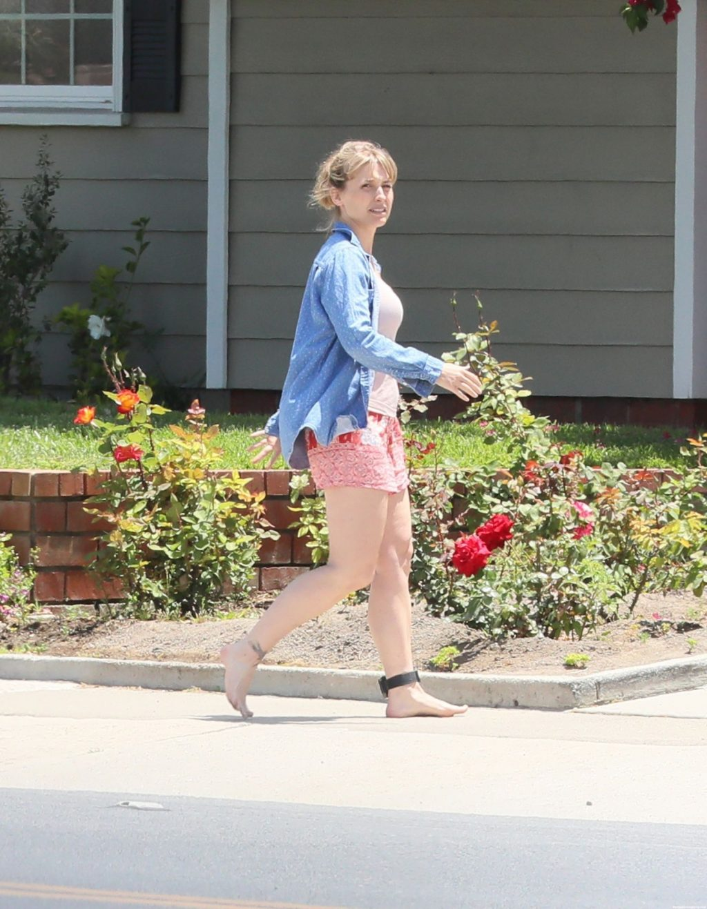 Allison Mack is Seen for the First Time Since Her Sentencing Date Was Announced For Her Involvement With NXIVM Cult (48 Photos)