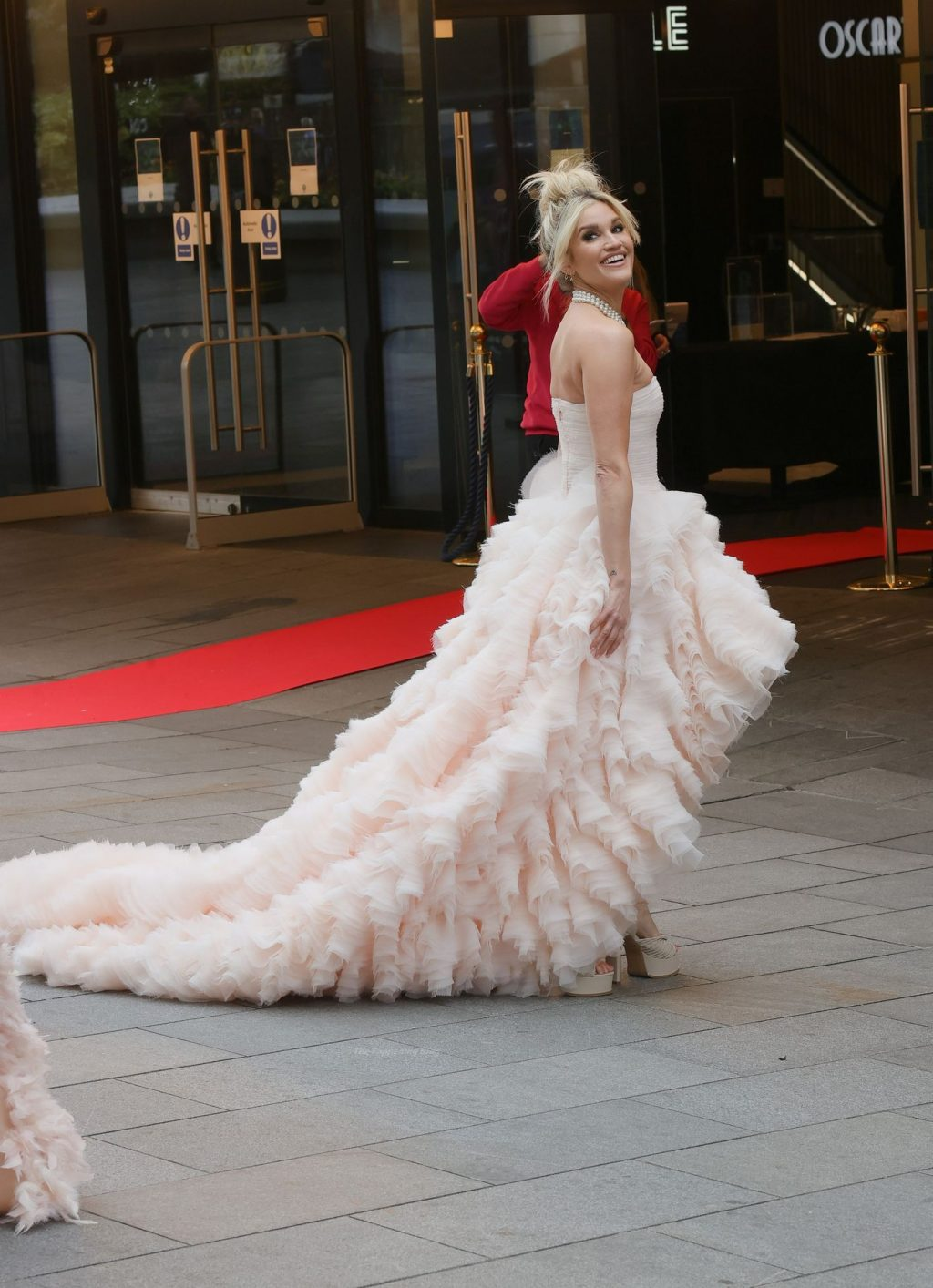 Amanda Holden & Ashley Roberts Visit The Odeon Cinema London's Leicester Square (52 Photos)