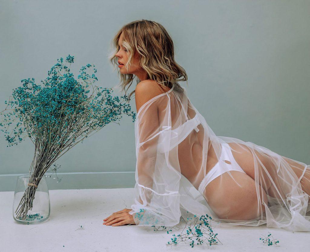 Anastasiya Scheglova Sexy (26 Photos)
