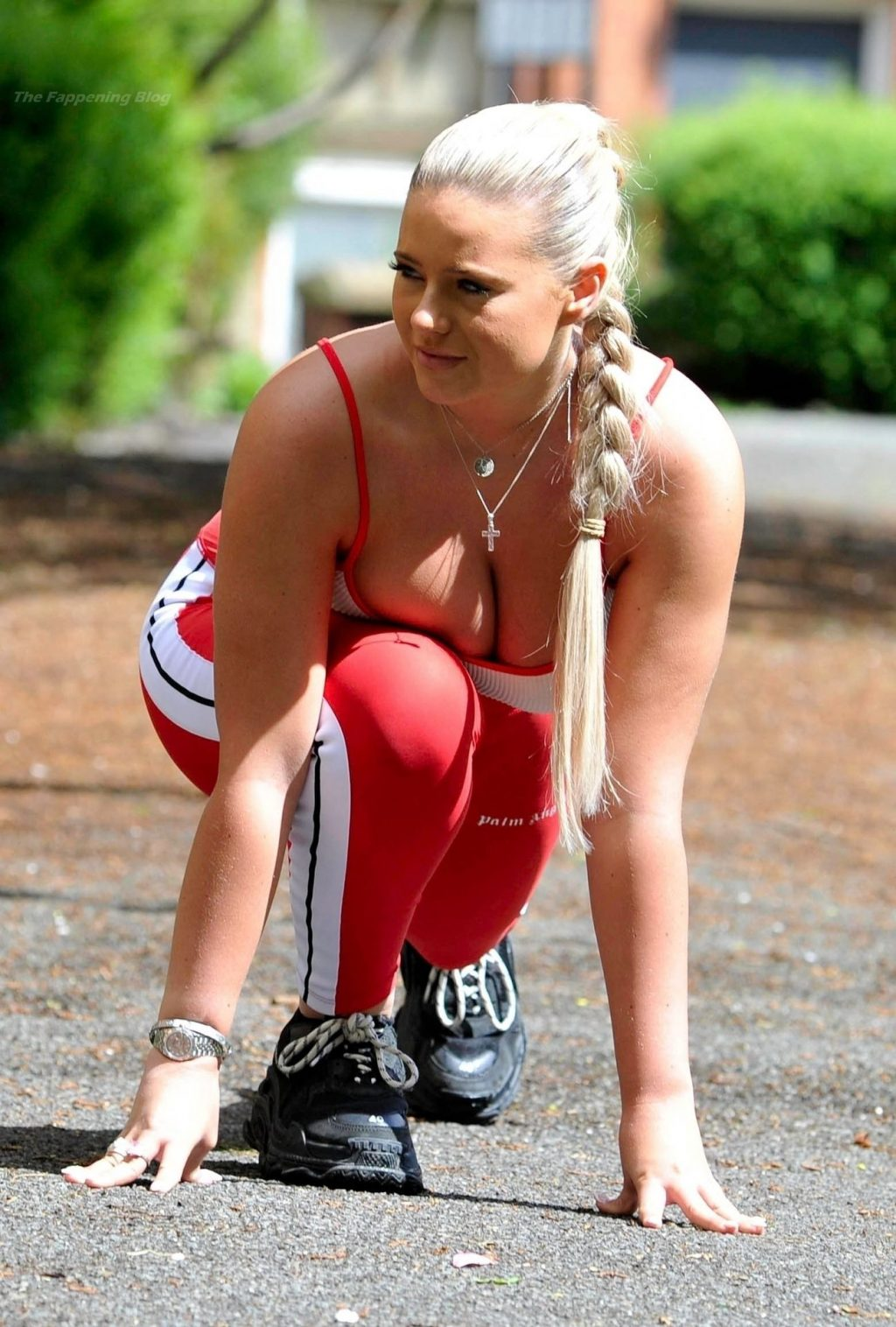Apollonia Llewellyn is Pictured Working Out in Manchester (21 Photos)