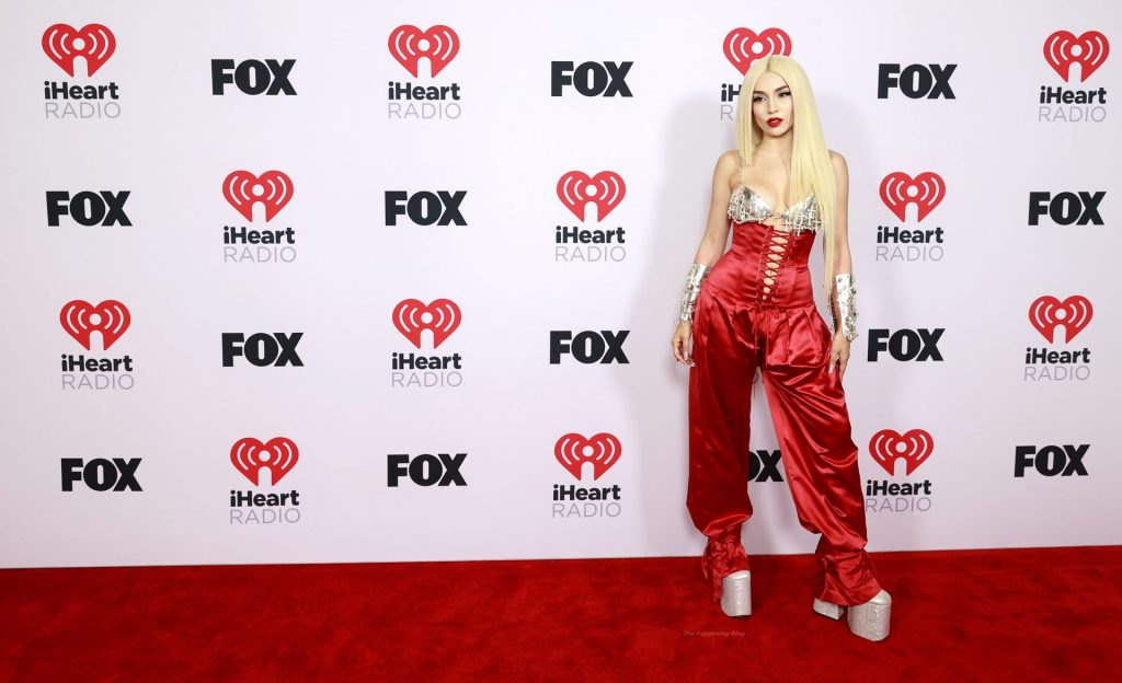 Ava Max Showcases Her Tits at the 2021 iHeartRadio Music Awards (32 Photos)