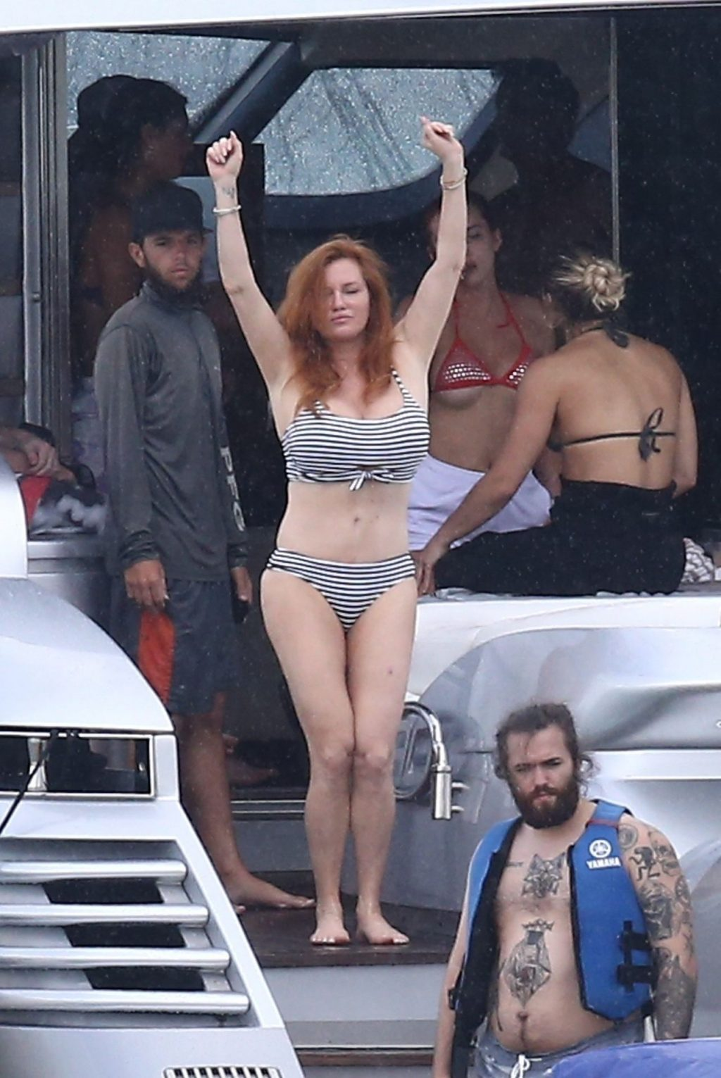 Bella Thorne Does Mother's Day Like No Other! Parties it Up with Mom on a Yacht (90 Photos)