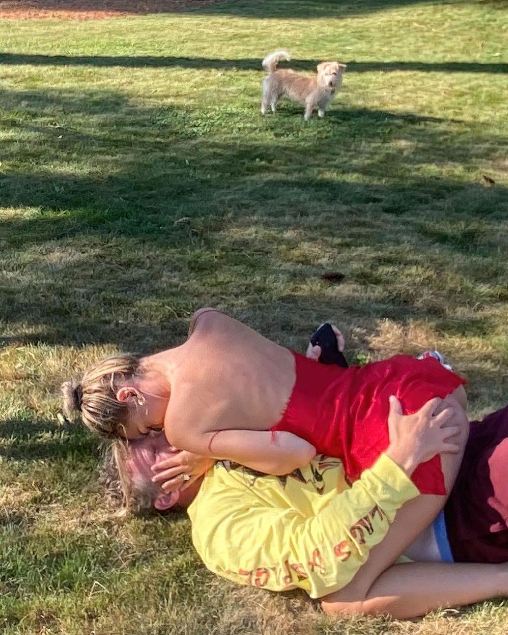 Emily Ratajkowski Flashes Her Butt (5 Photos)